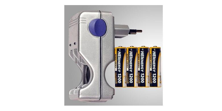 Σετ φορτιστή μπαταριών ΑΑ/ΑΑΑ με 4 μπαταρίες ΑΑ δώρο! - HiTech τεχνολογία   μπαταρίες