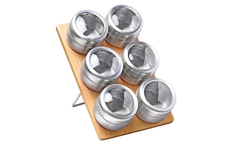 Σετ βάζα μπαχαρικών 6 τεμ απο ανοξείδωτο ατσάλι με καπάκια και ξύλινη βάση, Luig κουζίνα   οργάνωση κουζίνας