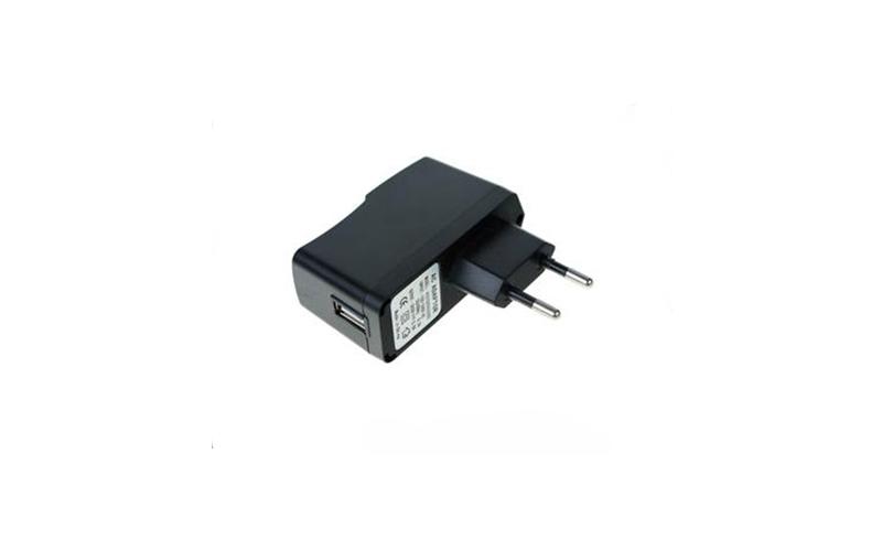 Universal Φορτιστής USB 1500ma – OEM