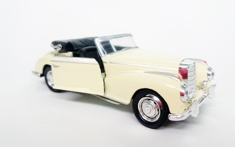 Μεταλλικό Αυτοκίνητο Μινιατούρα Mercedes Benz 300S Convertible του 1955 σε κλίμα παιχνίδια  παιδί  και  βρέφος   οικολογικά παιχνίδια